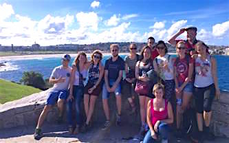 Eplore the Bondi to Coogee walk on tour